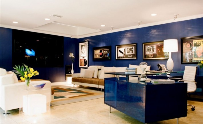Interior Design Trends 2015: Glossy Blue