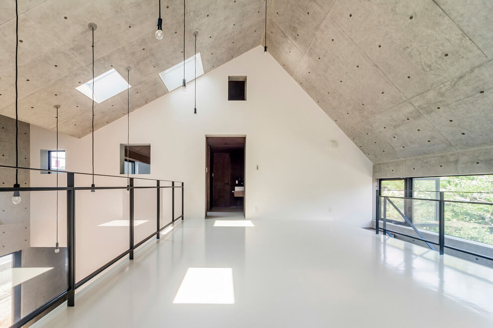 Futuristic Japanese House - ZOYA Design Office