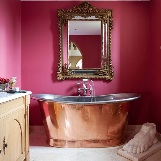 3 Mesmerising Metallics For Your Home - Copper Roll Top Bath - Photograph By Robert Sanderson For House To Home