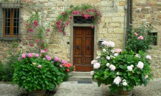 4 Ways To Add Curb Appeal To Your Home - Front Of Cottage