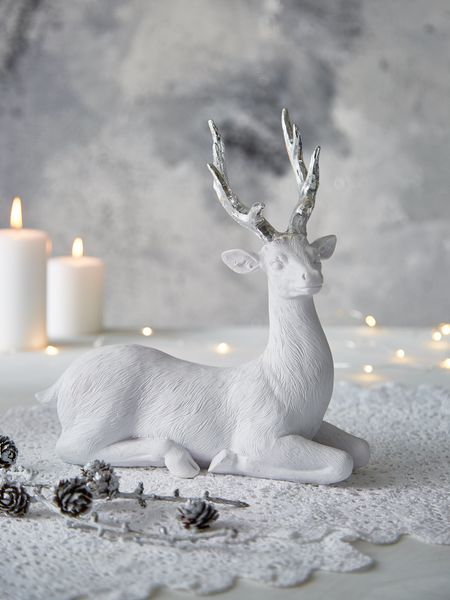 Nordic House Winter Wonderland Deer