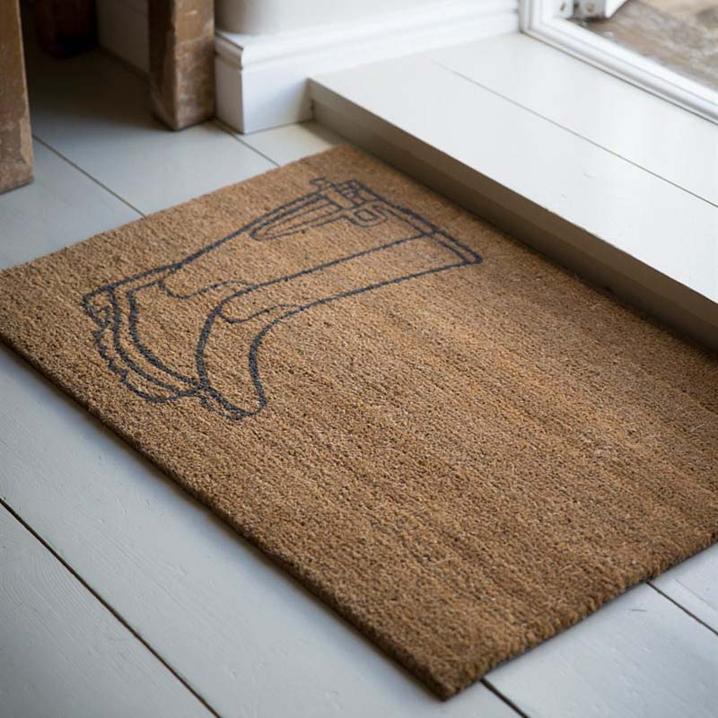 5 Great Ways To Modernise Your Front Door - Image From IdealHome.co.uk - Mat From Garden Trading