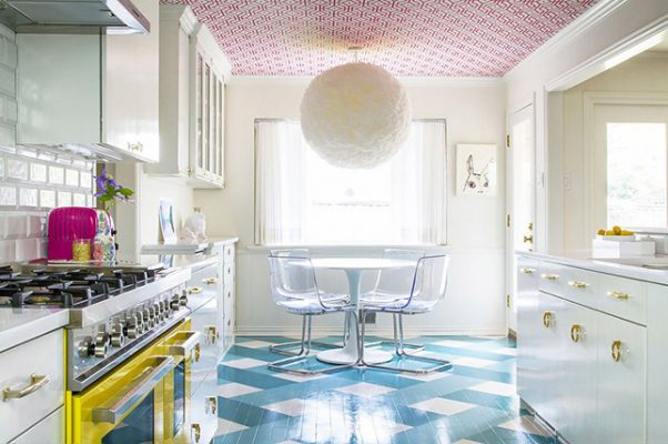 Interior Design Trends in 2019: 5 Awesome Ideas To Try - Decorated Ceiling