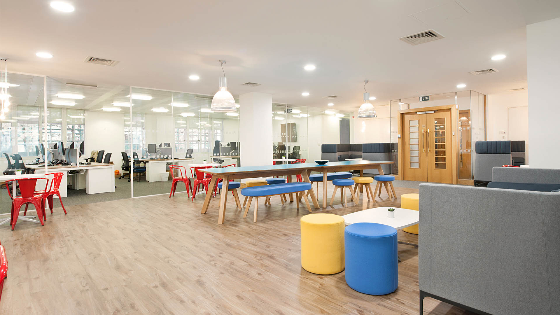What Your Office Design Says About You To Visitors And Interviewees  - Image Of Analysis Mason Office - Image Via maris-interiors.co.uk
