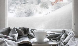 Winter Snow Cosy Warm Drink Blanket