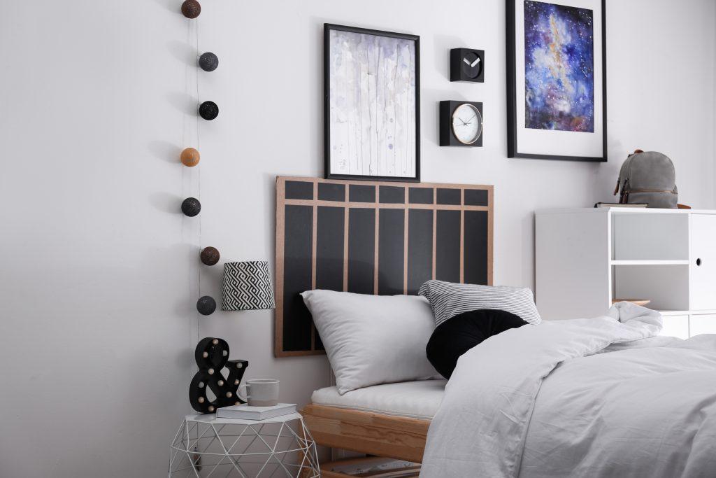 Teenages Bedroom With Funky Headboard