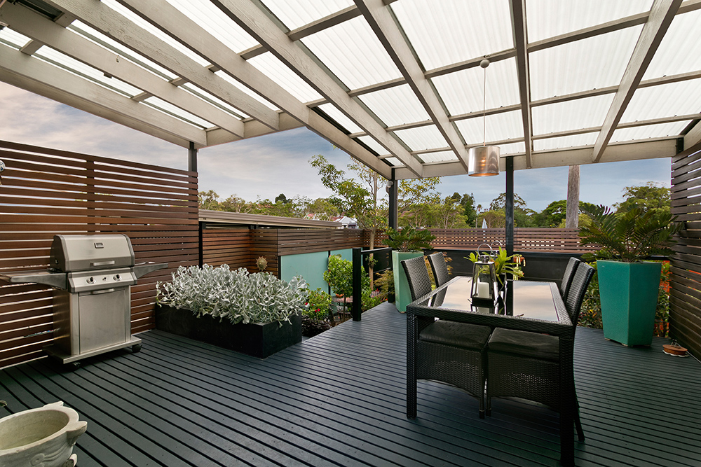 Garden Veranda with seating and BBQ